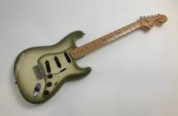 Fender Stratocaster FSR Antigua 2012