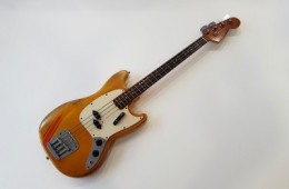 Fender Mustang Bass 1969 Competition