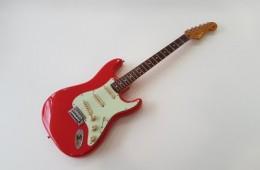 Squier Stratocaster Simon Neil 2009