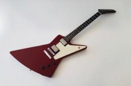 Gibson Reissue 76 Explorer Cherry